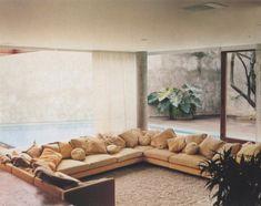 20 Cool & Sunken Living Room Remodel, Design & Ideas - Home Decor Ideas Sunken Living Room, My Living Room, Home And Living, Living Spaces, 1970s Living Room, Interior Exterior, Home Interior, Interior Architecture, Modern Interior