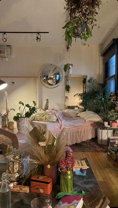 Room Design Bedroom, Room Ideas Bedroom, Bedroom Decor, Bedroom Inspo, Fairy Bedroom, Indie Room, Pretty Room, Aesthetic Room Decor, City Aesthetic