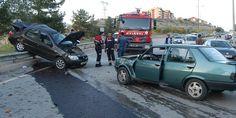 Karabük'ün Safranbolu ilçesinde 3 otomobilin karıştığı zincirleme trafik kazasında 4 kişi yaralandı. http://www.ajanskarabuk.com/karabuk-safranboluda-zincirleme-trafik-kazasi/