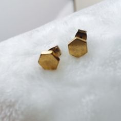 Madewell Gold Hexagon Studs From made well. Slightly worn but freshly cleaned. Gold Madewell Jewelry Earrings