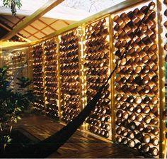astudioarchitect.com Bambu makin dikenal luas sebagai material yang murah dan bisa didapatkan dengan mudah. Perannya makin diperhitungkan sebagai pengganti kayu, besi dan material lainnya kare...