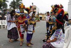 """Rabinal Achí, drama prehispanico en Baja Verapaz, Guatemala """"La danza-drama Rabinal Achí, declarada en el 2005 Patrimonio Oral e Intangible de la Humanidad por UNESCO, es presentada por el grupo folclórico que dirige desde 1983 José León Coloch Garniga, quien heredó la custodia del único guión existente.  La historia narra el conflicto político, en el siglo XIV, entre los linajes dominantes de los Rabinaleb y la casa quiché Kaweq, señores de Q'umarkaj..."""""""