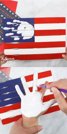 Love this patriotic handprint craft! Such a fun project to make with the kids for the of July or Memorial Day! 4th July Crafts, Fourth Of July Crafts For Kids, Patriotic Crafts, Patriotic Party, Fouth Of July Crafts, Daycare Crafts, Baby Crafts, Preschool Crafts, Fun Crafts