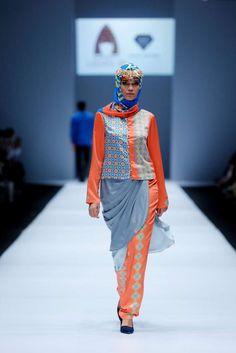 Lusense Kd And Hans Virgoro, Spring-Summer 2017, Jakarta, Womenswear