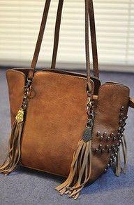 [GRLHX120115]RETRO TASSEL BUCKET SKULLS SHOULDER BAG FASHION BAG