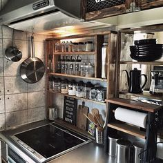 Vintage Kitchen Decor, Rustic Kitchen, Kitchen Dining, Diy Interior, Kitchen Interior, China Kitchen, Japanese Kitchen, Kitchen Stove, Cafe Style