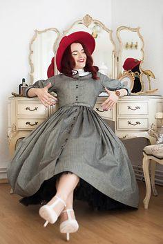 Instigare la debarasare – Andreea Balaban Badass Women, Agatha Christie, Retro Look, Capsule Wardrobe, Pin Up, Tutorials, Fitness, Girls, Photography