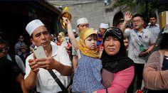 الصين ترغم المستخدمين المسلمين على تثبيت برنامج تجسسي بهواتفهم