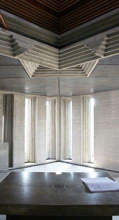 Chapel area in Carlo Scarpa's Brion-Vega Cemetery. Photo by Andrea Tornabene.