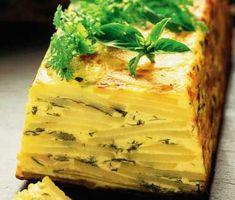 Prova på en ny variant av pastej! Denna krämiga potatispastej blir fort nya favoriten hemma. Färska örter, cayennepeppar och riven ost ger pastejen otroligt fina smaker.
