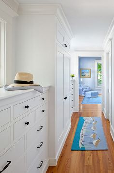 Love the wall of built-in dressers, linen cupboard and windows above for letting the light into the hallway.House of Turquoise: Jacob Talbot Fine Homebuilders Built In Dresser, Built In Cabinets, Hallway Cabinet, Upstairs Hallway, Hallway Closet, Closet Space, House Of Turquoise, Turquoise Kitchen, Southern Homes