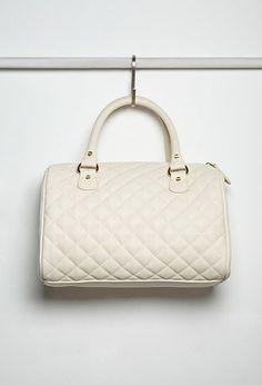 PEDIDOS SOLO POR ENCARGO Código: F-31 Quilted Faux Leather Satchel Color: Cream Precio: ₡29.900 ($55,37)  Información y consulta llamar 8963-3317, escribir al inbox o maya.boutique@hotmail.com.  Envíos a todo el país.