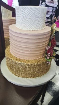 Multi layer wedding cake