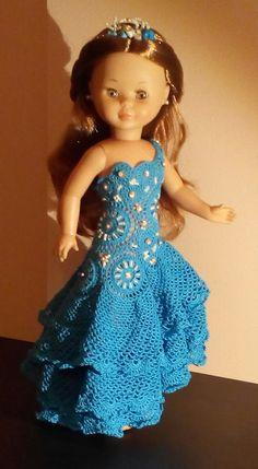 blog sobre manualidades ,crafts, muñecas, dolls, muñecas de papel, paper dolls, DIY, reciclaje, recycling, crochet, punto de cruz