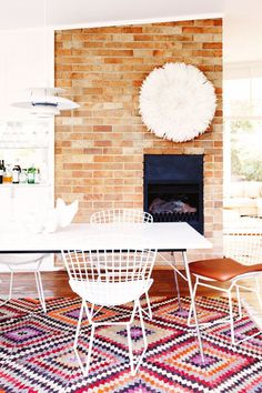 Mid Century Design | Dining Room | Wire Chair | Southwestern Rug