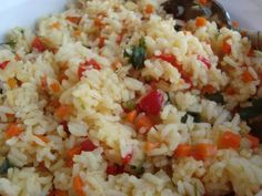 CHILEAN RICE: long grain rice, butter, scallion or onion, bell peppers, carrots, chicken or veg broth, salt, cilantro