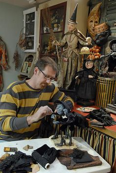 Scott Smith's Kalamazoo home is filled to the brim with his Halloween-themed papier-mache sculptures and other artwork. Halloween Doll, Holidays Halloween, Halloween Themes, Vintage Halloween, Halloween Crafts, Halloween Decorations, Happy Halloween, Halloween Witches, Scott Smith