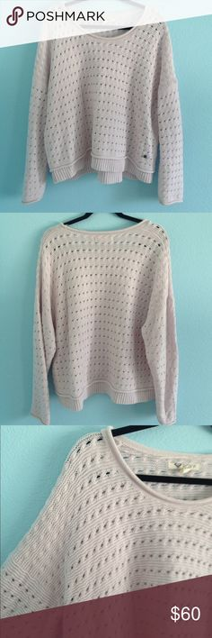 Roxy oversized knit sweater Labeled a L but can fit anyzise. It's a light purple/pink color. Worn a few times. Super soft. From roxy. Billabong Tops