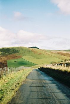 Country lanes »» Thomas Hanks