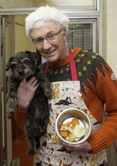 Paul O'Grady in kennels giving out Christmas dinners © Battersea Dogs & Cats Home Christmas Dog, Christmas Dinners, Battersea Dogs, Support Dog, Dog Show, Four Legged, I Love Dogs, Dog Cat, Friendship