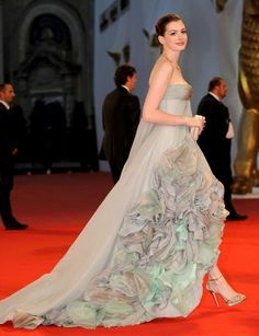such a fan of the way ann hathaway does fashion meets pretty meets glamorous