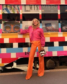 outfits Its Official: This Is the Decade That Will Always Be in Style 70s Inspired Outfits, 70s Outfits, Mode Outfits, Fashion Outfits, Fashion Week, Fashion Pants, Girl Fashion, Street Fashion, Inspiration Mode