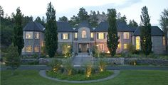 Castle Cliff Estates.....venue outside of Castle Rock, CO. http://castlecliffestates.com/pc/gallery.php