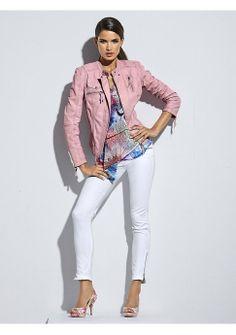 Кожаная куртка - http://www.quelle.ru/New_arrivals/Women_fashion/Women_coats/Women_jackets/Kozhanaya-kurtka__r1275259_m294803.html?anid=pinterest&utm_source=pinterest_board&utm_medium=smm_jami&utm_campaign=board2&utm_term=pin22_21032014 Очаровательная розовая куртка из кожи в байкерском стиле. Изюминка женственного весеннего образа. #quelle #jacket #leather #pink #cute #biker #style #musthave #spring