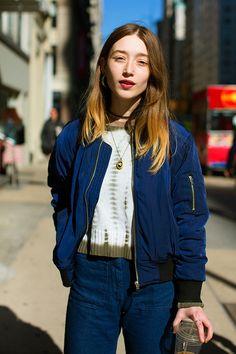 On the Street…Fifth Ave., New York (The Sartorialist) Fashion Niños, Fashion Images, Womens Fashion, Fashion Design, London Fashion, Fasion, Street Fashion, Fashion Beauty, Street Chic