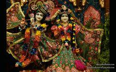 To view Radha Govinda  Wallpaper of ISKCON Calcutta in difference sizes visit - http://harekrishnawallpapers.com/sri-sri-radha-govinda-iskcon-calcutta-wallpaper-005/
