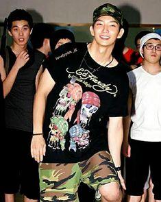 Baekhyun Moon Lovers, Lee Joong Ki, Asian Eyes, Joon Gi, Eye Candy, Celebrities, Mens Tops, Military, Nice