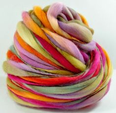 What a beautiful thread ! Beesybee Fibers