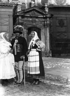 Spiszacy before Wawel Cathedral. 1934