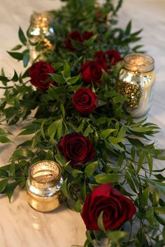 This article shares everything you'll need to know about using red roses in your wedding! decoration red Wedding Flower Power // The Ravishing Rose Red Rose Wedding, Burgundy Wedding, Floral Wedding, Fall Wedding, Wedding Bouquets, Wedding Vintage, Wedding Ideas, Elegant Wedding, Rustic Wedding