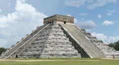 Pyramid at Chichén Itzá (Yucatan Peninsula, Mexico) #ElCastillo #mayanruins