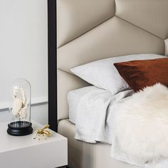 Leather double bed with upholstered headboard EDWARD By Cattelan Italia design Gino Carollo Furniture Showroom, Furniture Design, Leather Double Bed, Soft Leather, Italian Furniture, Upholstered Beds, Contemporary Bedroom, Contemporary Design, Dream Bedroom