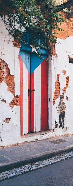 San Juan, Puerto Rico. Stunning door with the puerto rican flag.