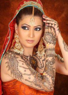 Latest Bridal Mehndi Design for Full Hands