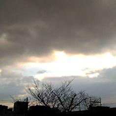 おはようございます三連休初日は雨上がりの朝です #sky #cloud #空 #雲 #イマソラ #goodmorning #おはよう