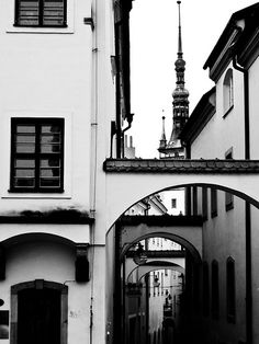 Places To Travel, Places To Visit, Prague Castle, Heart Of Europe, Central Europe, Places Of Interest, Black And White Pictures, Czech Republic, Hair Cut