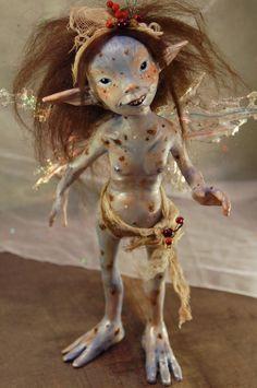 Pykumy by SandraArteagA. OOAK Art doll made from polymer clay. Dragons, Kobold, Creepy Dolls, Fairy Art, Fairy Dolls, Magical Creatures, Ooak Dolls, Faeries, Fantasy Art