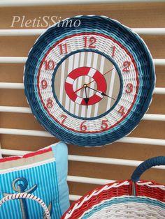 Предметы декора: рамочки, ключницы, часы, зеркала – 1 054 фотографии