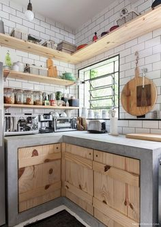 New kitchen tiles subway interiors ideas Home Decor Kitchen, Rustic Kitchen, Diy Kitchen, Kitchen Interior, Home Kitchens, Kitchen Dining, Kitchen Storage, French Kitchen, Small Kitchens