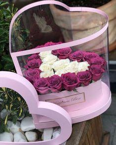 flowers box trendy flowers boquette b - flowers Diy Flower Boxes, Flower Box Gift, Diy Flowers, Paper Flowers, Valentine Flower Arrangements, Beautiful Flower Arrangements, Floral Arrangements, Bouquet Box, Boquet