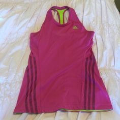 6 HOUR SALE!!!!!!!⭐️⭐️⭐️Pink workout top Cute comfy and pink Adidas brand lululemon athletica Tops Tank Tops