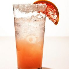 Paloma drink recipe. Grapefruit juice, lime,  tequila, club soda, kosher salt. Epicurious.