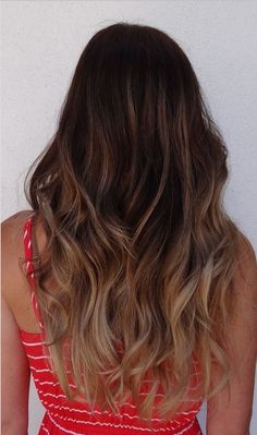 The Fantastic Ombre Hairstyles for Long Wavy Hair - Pretty Designs