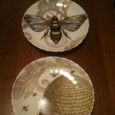 ≗ The Bee's Reverie ≗ Bee plates.