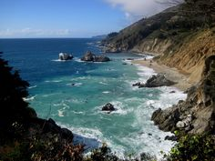 Best things to do in Big Sur: The magic of Big Sur has inspired art, music, film and literature. Find out our favorite Big Sur Calfornia things to do and learn the secret stories of this beautiful area.