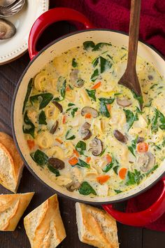 Creamy Chicken, Spinach and Mushroom Tortellini Soup | World Recipe Collection